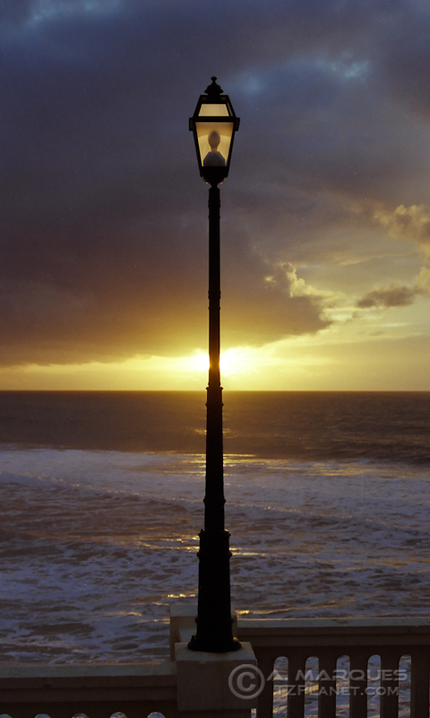 Naturally lighted - Street lamp on sunset. São Pedro de Moel, Portugal. Taken on the winter of 2002 with a Pentax MZ3 loaded with Fujifilm Superia 200.