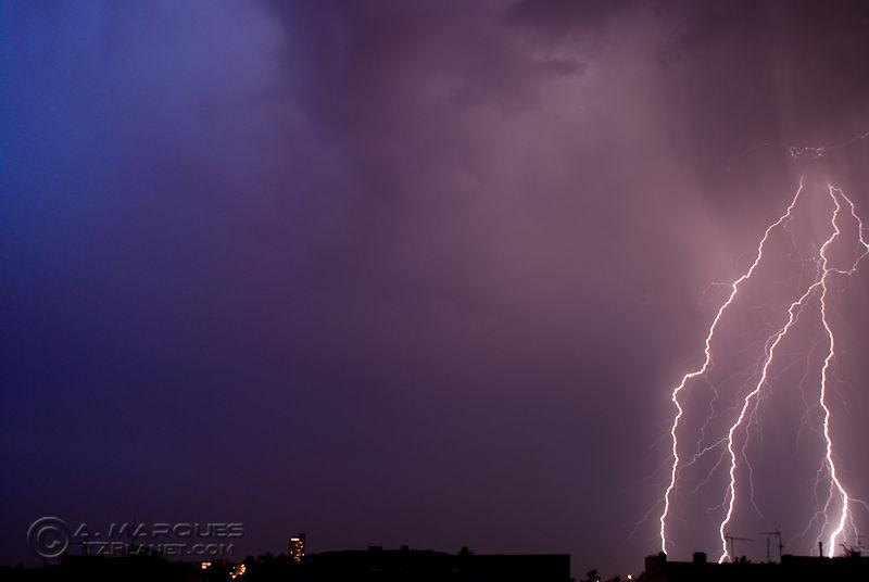 Lightning Paradox